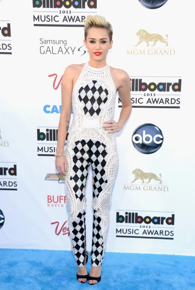2013 Billboard Music Awards - wearing Balmain