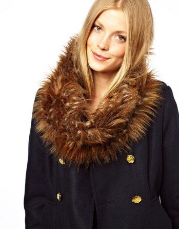 ASOS Faux Fur Snood €28.63