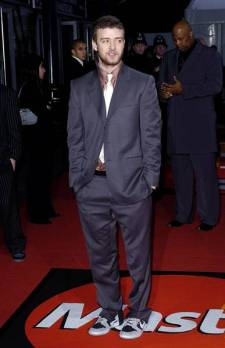 2004 - Attending the Pride of Britain Awards in a suit, with very poor tailoring