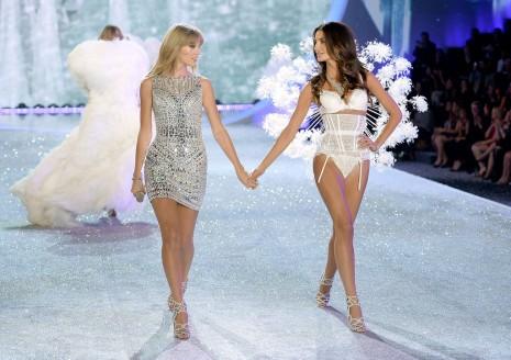 Taylor Swift & Lily Aldridge