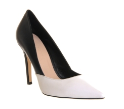 Office €36 - Overstep Black & White