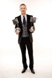 2006 - Winning awards and fashion style points, donning a tailored suit