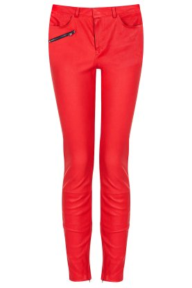 Topshop €430 - Stretch Skinny Leather Trousers http://tinyurl.com/q2z2cxo