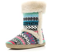Cream Faux Fur Trimmed Aztec Slipper Boots http://tinyurl.com/pccyzb5