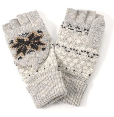 Ski Bunny Capped Gloves http://tinyurl.com/ozjuv4m