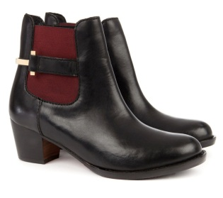 Ted Baker €165 - Jureo Heeled Ankle Boot http://www.tedbaker.com/ie/Womens/Accessories/Shoes/JUREO-Heeled-ankle-boot-Black/p/107822-00-BLACK