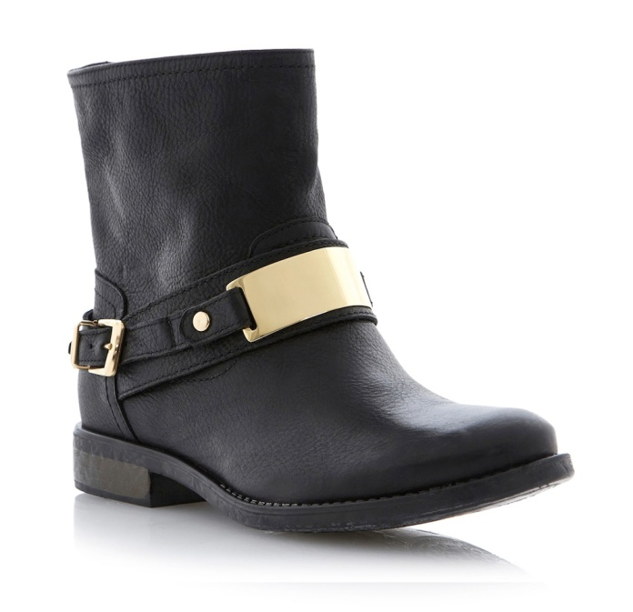 Dune €155 - Plate Gold Detail Ankle Boot http://www.dunelondon.com/plate-gold-plate-detail-leather-ankle-boot-0092500940030484/