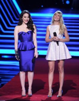 Kat & Beth on stage Look 1