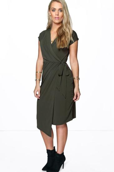 Boohoo Plus €27 - Nicole Wrap Front Midi Dress http://bit.ly/22fP2pg