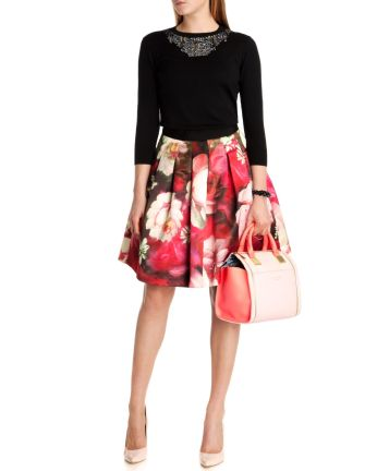 Monny €165 - Rose on Canvas Print Skirt http://tinyurl.com/nwkckan