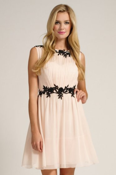 €84.60 - Nude & Black Floral Lace Appliqué Chiffon Dress http://www.little-mistress.co.uk/dresses-c101/party-dresses-c103/nude-black-floral-lace-applique-chiffon-dress-p1272
