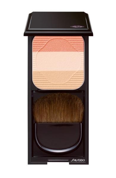 €38 - Face Color Enhancing Trio in PEACH