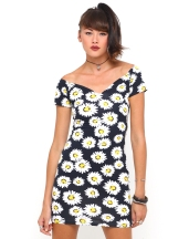 €50 - Danielle Off Shoulder Dress in Daisy Print http://tinyurl.com/nutsw86