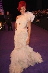 2011 MTV EMAs - wearing Marchesa