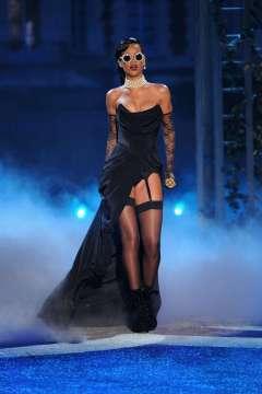 2012 Victoria's Secret Fashion Show - wearing Vivienne Westwood