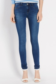 New Wash Superskinny Jade Jeans €50 http://www.oasis-stores.com/new-wash-superskinny-jade-jeans/loved-by-mollie/oasis/fcp-product/3250189223