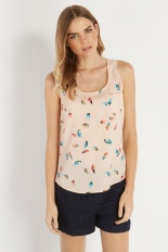 Oasis €28 - Feather Print Vest http://www.oasis-stores.com/feather-print-vest/tops/oasis/fcp-product/3710051800