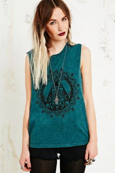 Truly Madly €39 - Deeply Between Two Worlds Tank http://www.urbanoutfitters.com/uk/catalog/productdetail.jsp?id=5111424660099&category=WOMENS-TOPS-EU