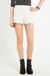 Pins & Needles €50 - Scalloped Lace Shorts http://tinyurl.com/nzd6ezw