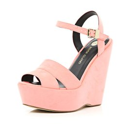 River Island €50 - Coral Wedge Sandals http://eu.riverisland.com/women/shoes--boots/wedges/Coral-wedge-sandals-649419