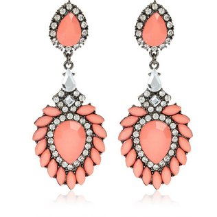 River Island €13 - Coral Jewelled Drop Statement Earrings http://eu.riverisland.com/women/jewellery/earrings/Coral-diamante-drop-statement-earrings-650445