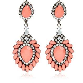 River Island €13 - Coral Jewelled Drop Statement Earrings http://eu.riverisland.com/women/jewellery/earrings/Coral-diamante-drop-statement-earrings-650445