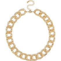 River Island €13 - Gold Tone Chunky Textured Chain Necklace http://eu.riverisland.com/women/jewellery/necklaces/Gold-tone-short-chunky-chain-necklace-653267