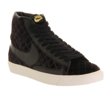 Nike €48.74 - Blazer Mid Black Padded Velour http://www.office.co.uk/view/product/office_catalog/5,21/2001303870