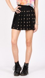 Yayer €12 - Pleated Studded Rivet Skirt http://yayer.com/collections/new-bottoms/products/rivet-pleat-skirt