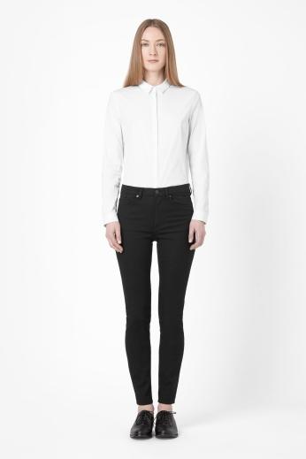 Slim fit jeans €69 - http://www.cosstores.com/ie/Shop/Women/Denim/Slim-fit_jeans/359710-6729334.1#c-24480