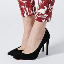 Topshop €70 - Glory High Court Shoes http://www.topshop.com/en/tsuk/product/shoes-430/heels-458/high-heels-697/glory-high-court-shoes-2815390