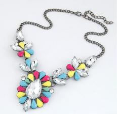 Glitz n Pieces €13.50 - Gorgeous Gemstone Necklace http://glitznpieces.ie/product/gorgeous-gemstone-necklace/