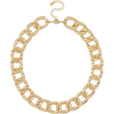 River Island €13 - Gold tone textured chunky chain necklace http://eu.riverisland.com/women/jewellery/necklaces/Gold-tone-short-chunky-chain-necklace-653267