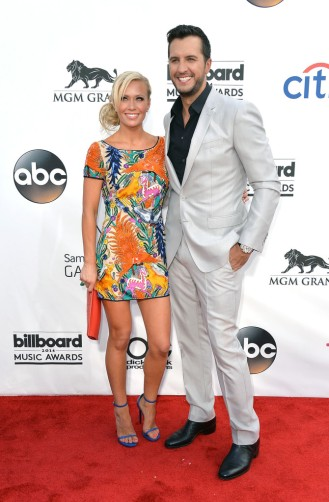 Caroline Boyer & Luke Bryan2