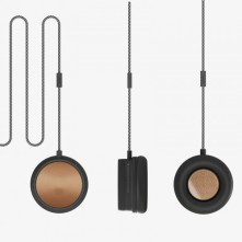 Monocle Special Speaker, handset and speakerphone €59.99 - http://thehubmarketplace.com/mens/mens-gadgets/MONO-special