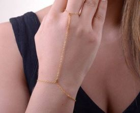 Gold Colour Handchain €8 - http://www.loveaccessories.ie/product/gold-colour-hanchain/