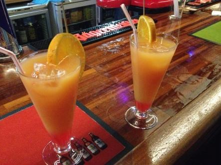 Moonlight Bar - Sex On The Beach cocktails
