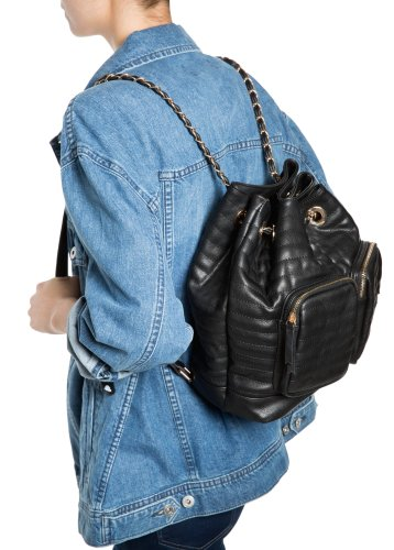 Mango €39.99 - Quilted Backpack http://bit.ly/KillerFashion-Mango