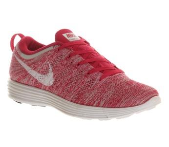 Nike €120 - Flyknit Lunar 1+ http://bit.ly/1tXj7IL