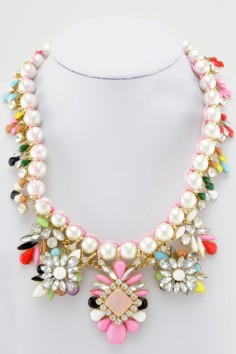 Glitz N Pieces €28 - Oyster Girl Necklace http://bit.ly/1lSUvvu