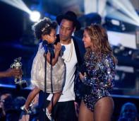 (L-R) Blue Ivy, Jay Z, Beyoncé