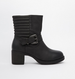 Truffle @ ASOS €39.81 - Quilted Heeled Biker Boots http://bit.ly/1ryU9jY