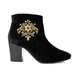 Park Lane @ ASOS €71.09 - Embroidered Velvet Ankle Boots http://bit.ly/1vqaQNN