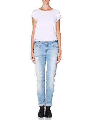 Noisy May @ Vero Moda €59.95 - Kim Loose Fit Jeans http://bit.ly/ZXMotJ