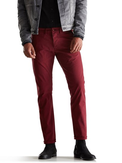 Jack & Jones €49.95 - Classic Slim Fit Chinos http://bit.ly/1FQpjqX