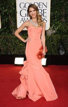 Jessica Alba in Oscar de la Renta, Golden Globes 2013