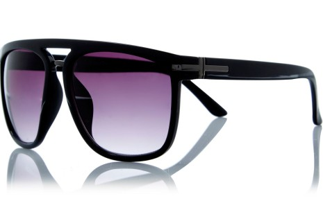 River Island €21 - Black large wayfarer sunglasses http://bit.ly/1MtJrGZ