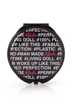 Forever 21 €3.45 - Barbie Girl Mirror Compact http://bit.ly/1qIp2Pp