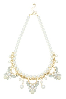 Oasis €17 - Vintage Pearl Necklace http://bit.ly/1wpZk7P