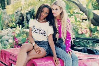 Wildfox €194.69 - Starlight Cropped Billy Sweater http://bit.ly/1oZoFV9 €74.55 - My Resume Hippie Crewneck T-shirt http://bit.ly/1rdznTw